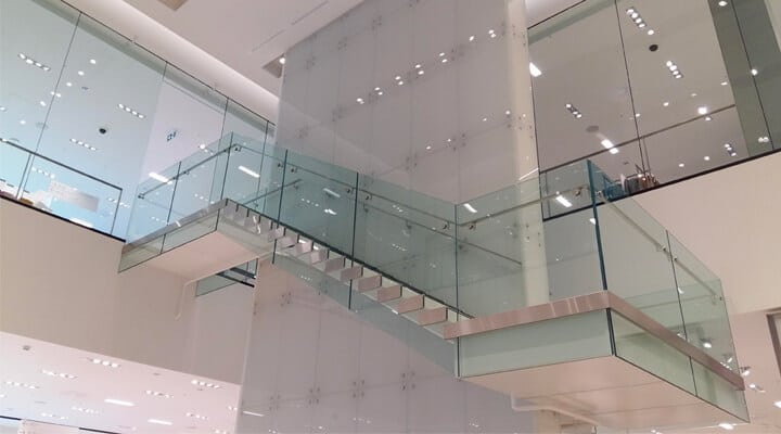 SADEV, architectural glass hardware and systems | Soluzioni